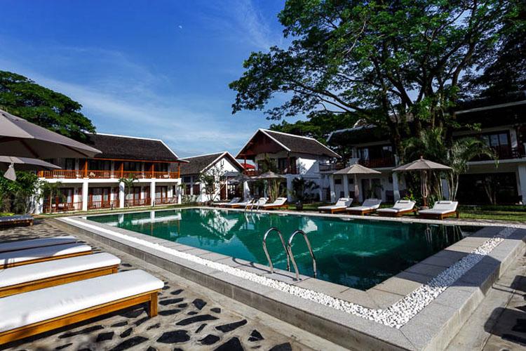 Pool - Riverside Boutique Hotel - Vang Vieng