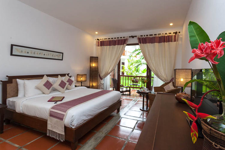 Classic Rooms - Tai Lue style - Riverside Boutique Hotel - Vang Vieng