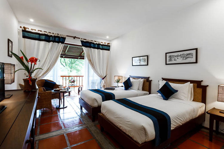 Deluxe Rooms - Lanten style - Riverside Boutique Hotel - Vang Vieng