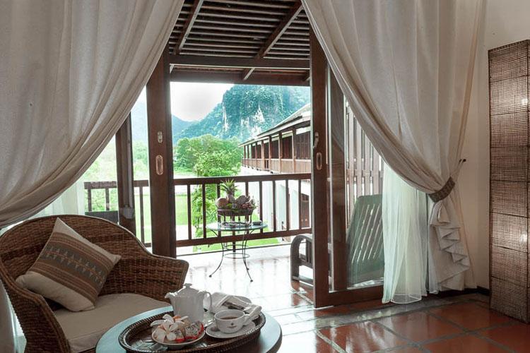 Deluxe Rooms - Katu style - Riverside Boutique Hotel - Vang Vieng