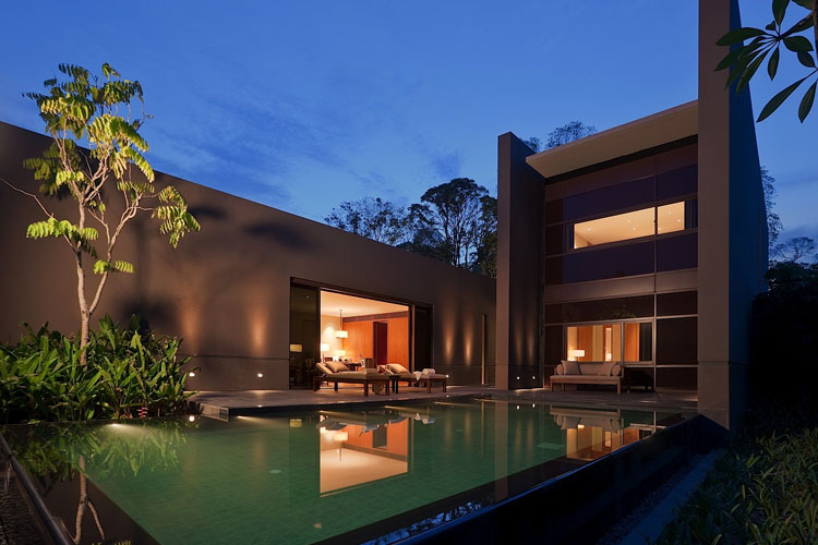 Manor Pool - The Club at Capella Singapore - SINGAPORE