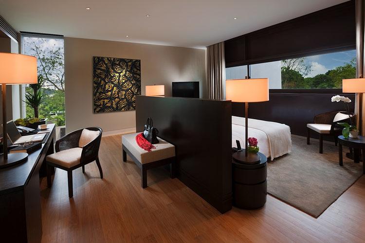Manor Master Bedroom - The Club at Capella Singapore - SINGAPORE