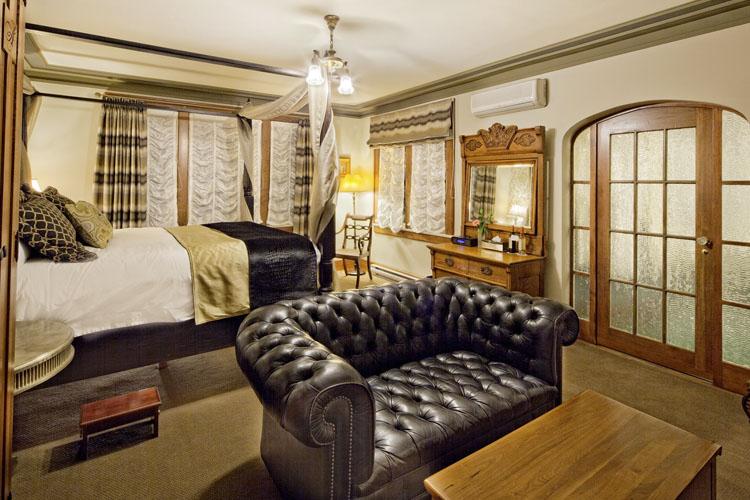 Opal Room - Abigail's Hotel - Victoria