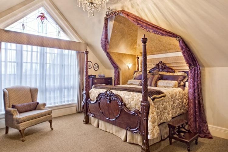 Sapphire Room - Abigail's Hotel - Victoria