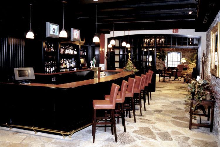 Bar - Old Mill Toronto - Toronto