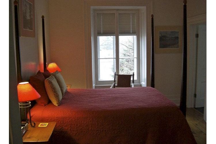 John Le Claire Room - Denaut Mansion Country Inn - Delta