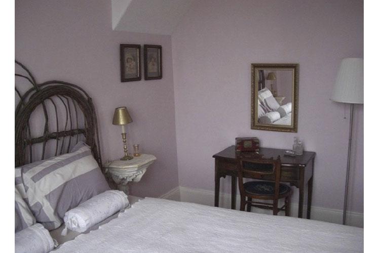 Caroline's Room - Denaut Mansion Country Inn - Delta