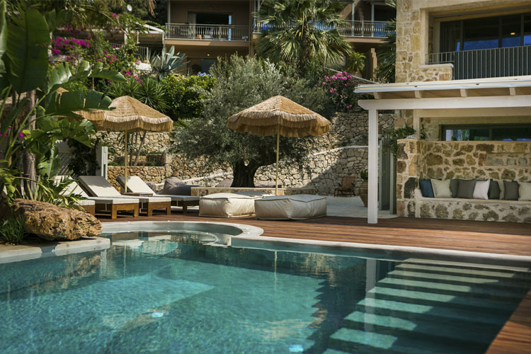 Pool - F Zeen Retreat - Livathos