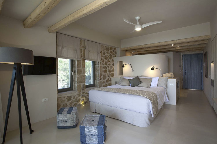 Double Room - F Zeen Retreat - Livathos