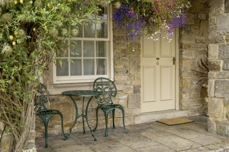 Outside Courtyard Room - The Rose & Crown - Barnard Castle