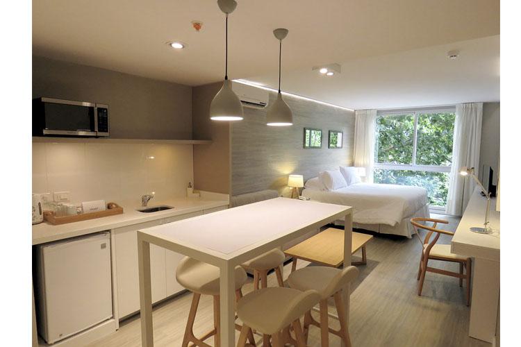 Deluxe Room with Terrace - Smart Hotel Montevideo - Montevideo