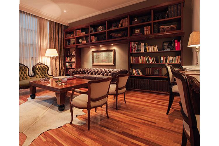Library - Alma Histórica Boutique Hotel - Montevideo