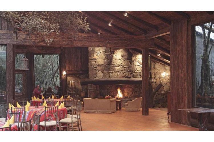 Dining Room - Hosteria dos Chorreras - Cuenca
