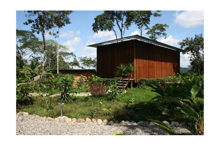 Facade - Hamadryade Lodge - Puerto Misahuallí