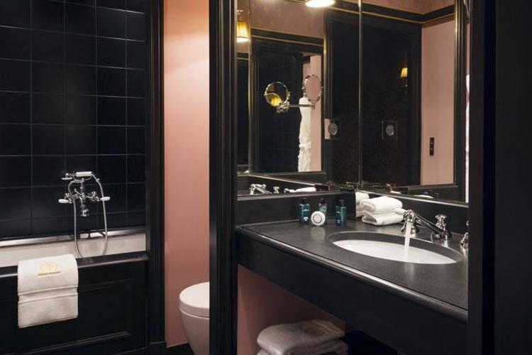 Bathroom - Maison Souquet - Paris