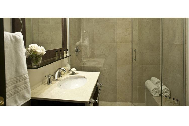 Bathroom - Arelauquen Lodge - San Carlos de Bariloche