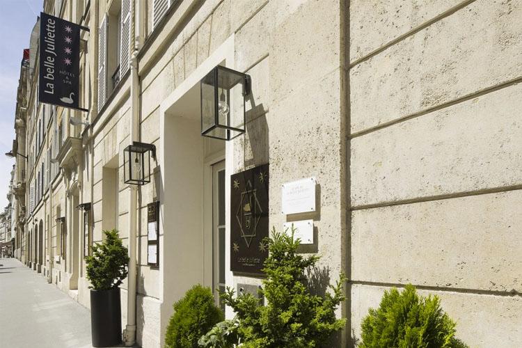 Entrance - La Belle Juliette - Paris