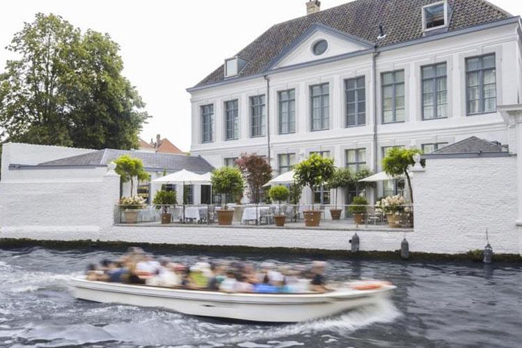 Facade - Hotel Van Cleef - Bruges
