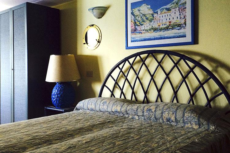 Azzurra Double Room - Villa Scarpariello - Costa Amalfitana