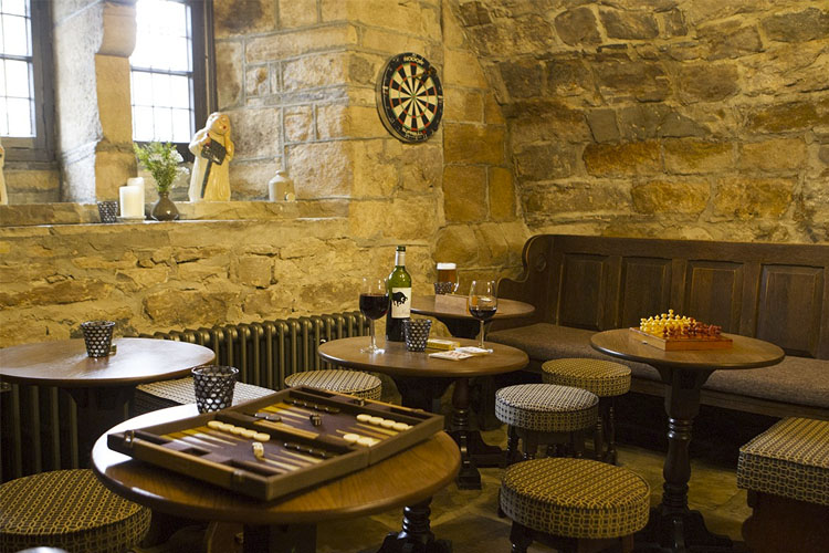 Restaurant - Lord Crewe Arms - Blanchland