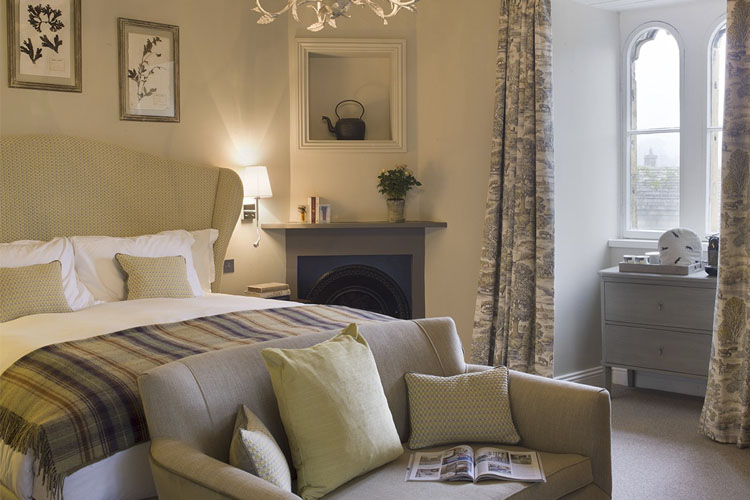 Champion Room - Lord Crewe Arms - Blanchland