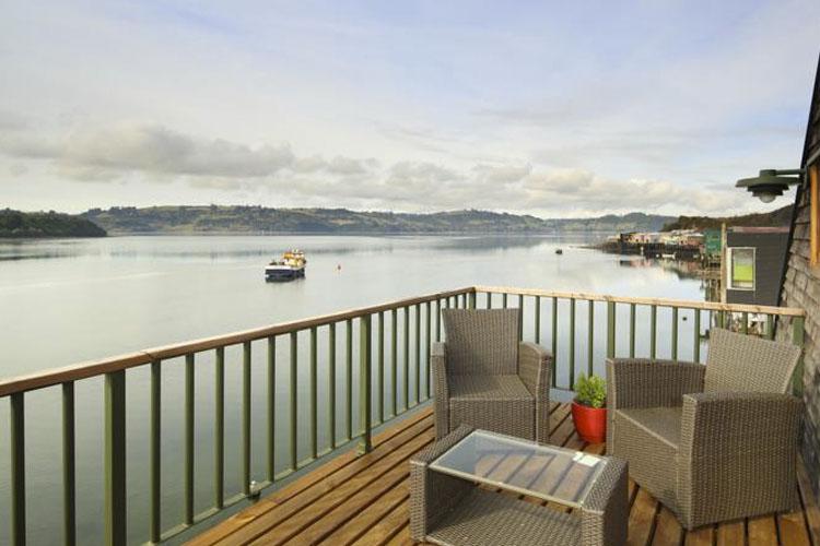 Balcony - Palafito Lodge - Castro