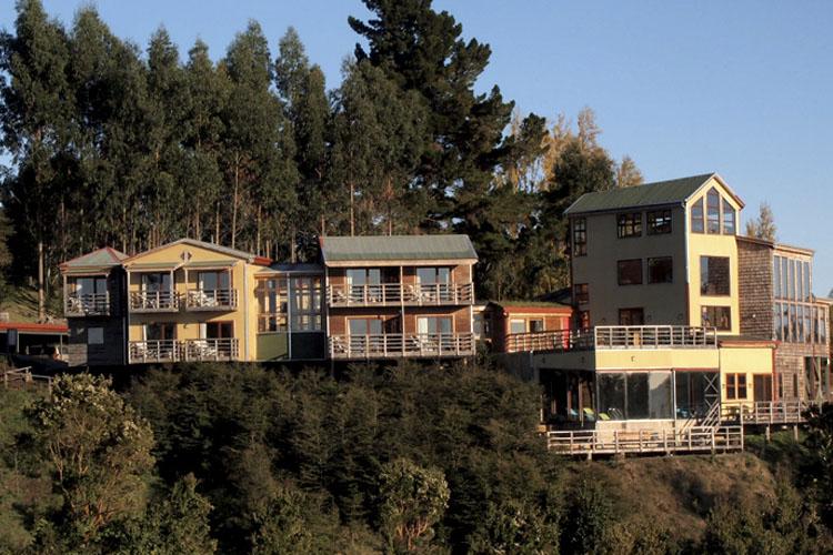 Facade - Hotel Parque Quilquico - Castro
