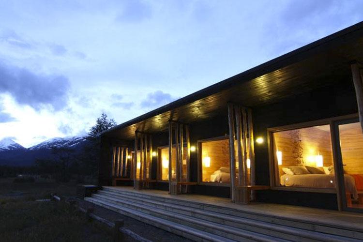 Facade - Robinson Crusoe. Deep Patagonia - Villa O'Higgins