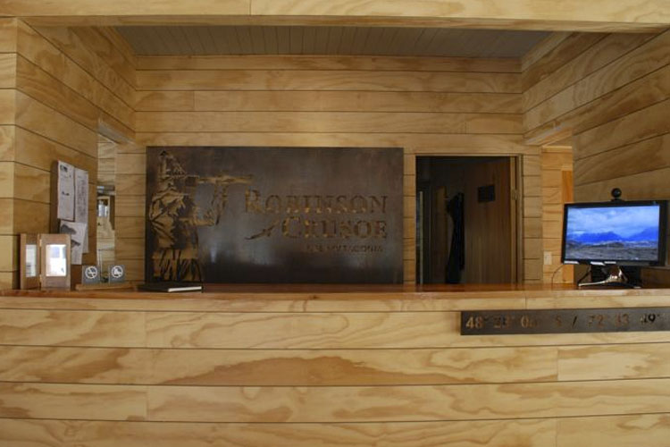 Reception - Robinson Crusoe. Deep Patagonia - Villa O'Higgins