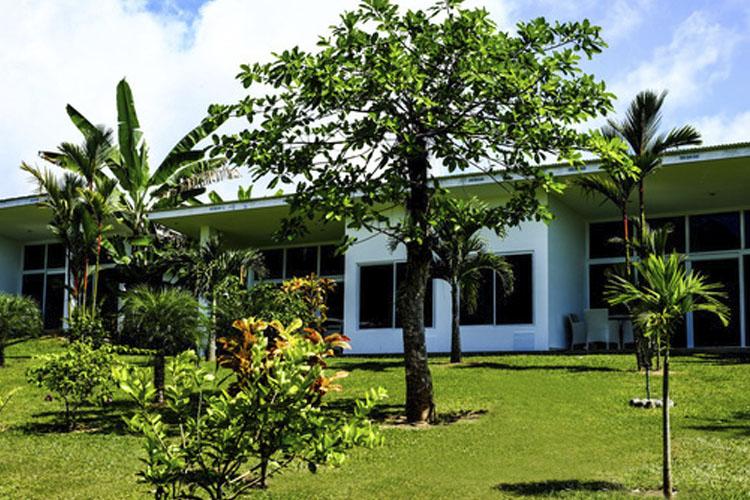 Facade - Bocas del Mar - Boca Chica